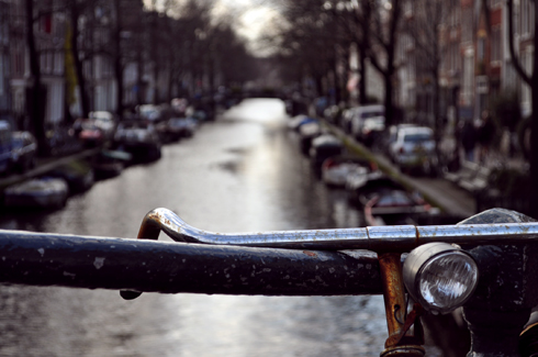 Amsterdam, ses canaux et ses vélos