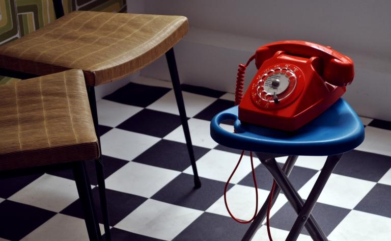 Téléphone retro - Wonder Vintage Market Paris Bastille