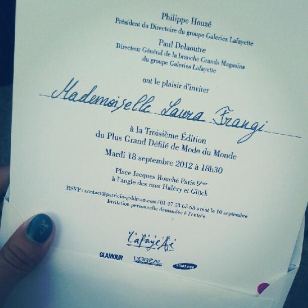 invitation plus grand defile de mode du monde galeries lafayette