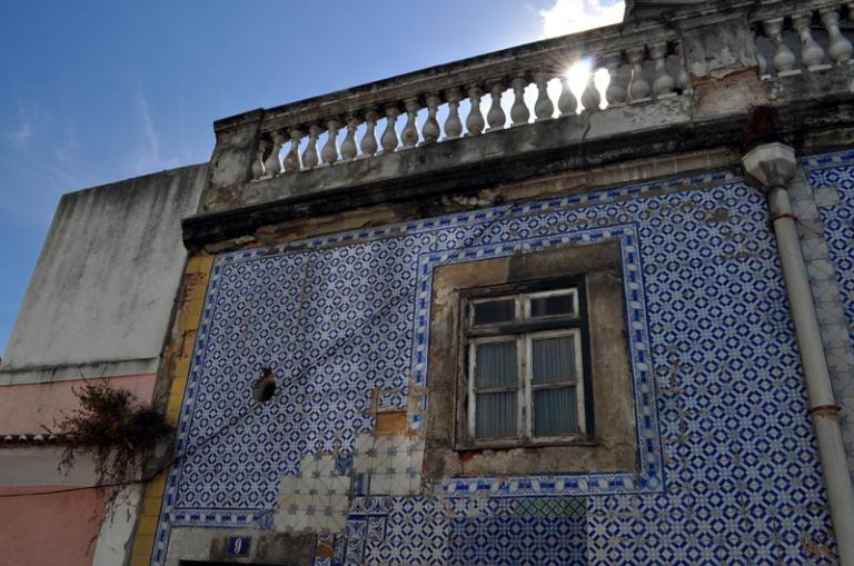 Maison recouverte d'azulejos à Lisbonne